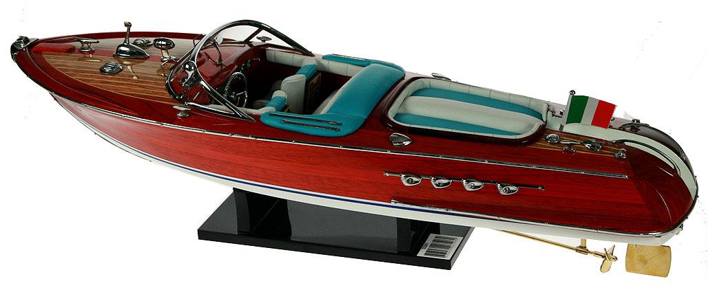 купить макет лодки riva