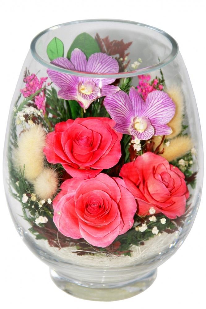 Цветы в вазе в подарок